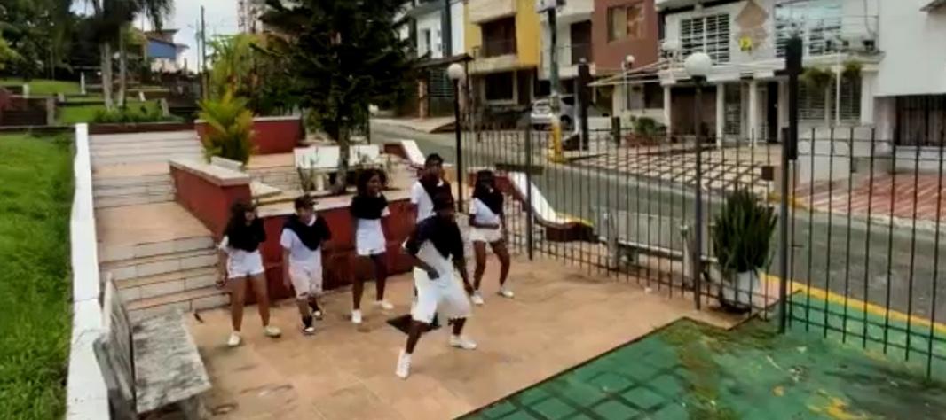 Dancing in Buenaventura